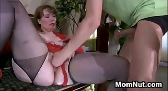 Young-Mature Creampie.