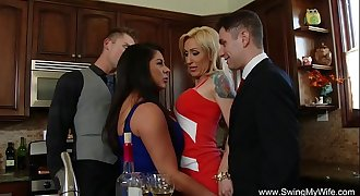 Swingers Group Hook-up Orgy Couples