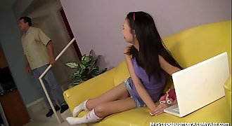 Asian Teenage Capture Stepdad'_s Ass!